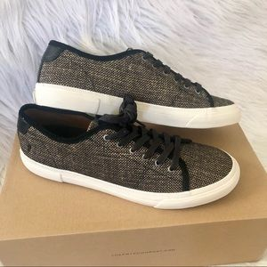 Frye Gia canvas low lace sneakers, size 9.5M